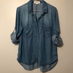 Ahtropologie Cloth & Stone Chambray Button down Lg